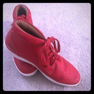 Limited addition Steve madden men's shoes